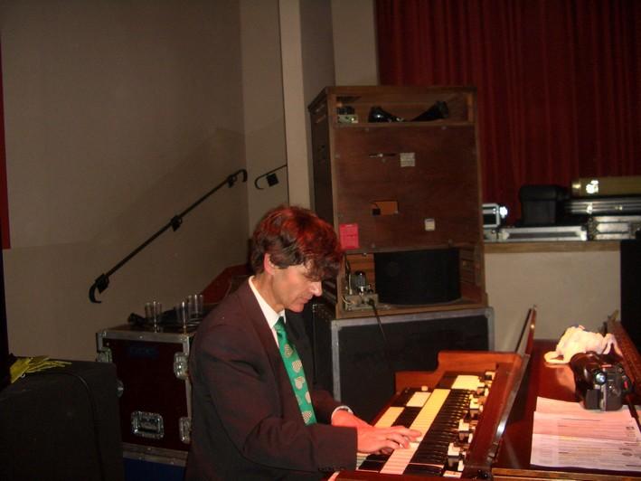 M.P.O eric morata président fondateur organiste fou de Hammond ! 11 2007