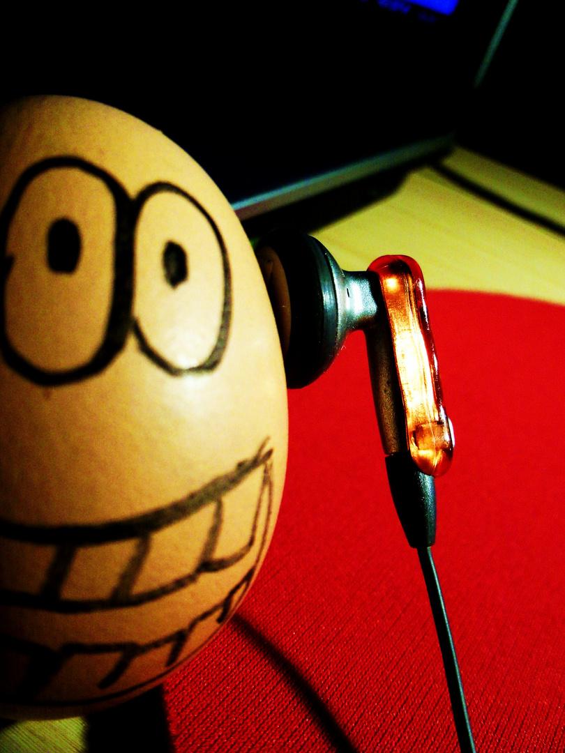 Mr. Egg likes music!