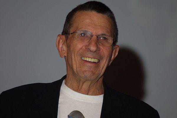 Mr. Spock vom Raumschiff Enterprise Leonard Nimoy