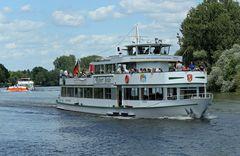 MS Robert Stolz -Fahrgastschiff-