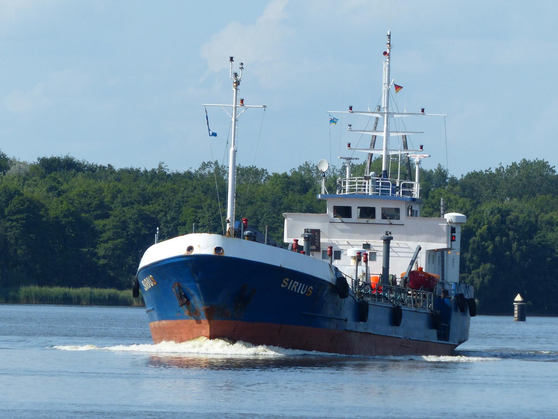 MS SIRIUS im Nord-Ostsee-Kanal