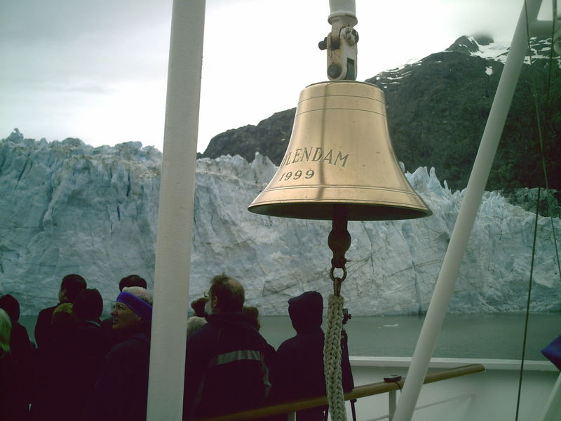 MS Volendam in glacier bay