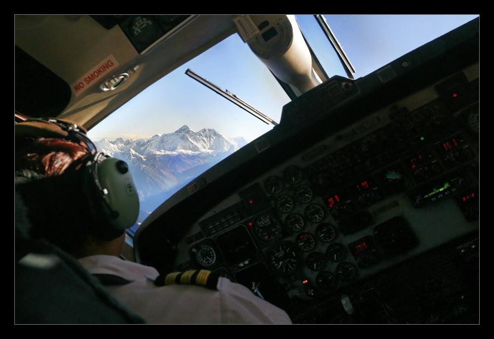Mt. Everest voraus...