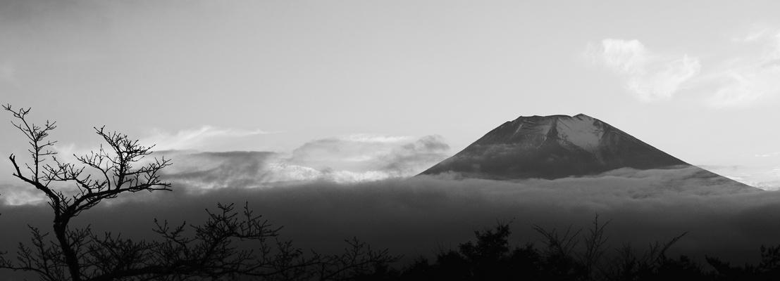 Mt. Fuji in den Wolken