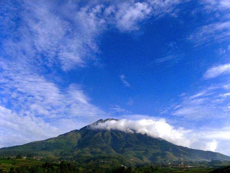 Mt Sumbing, Java