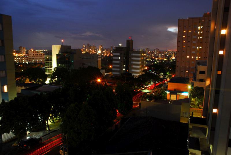 Mucha color en la noche