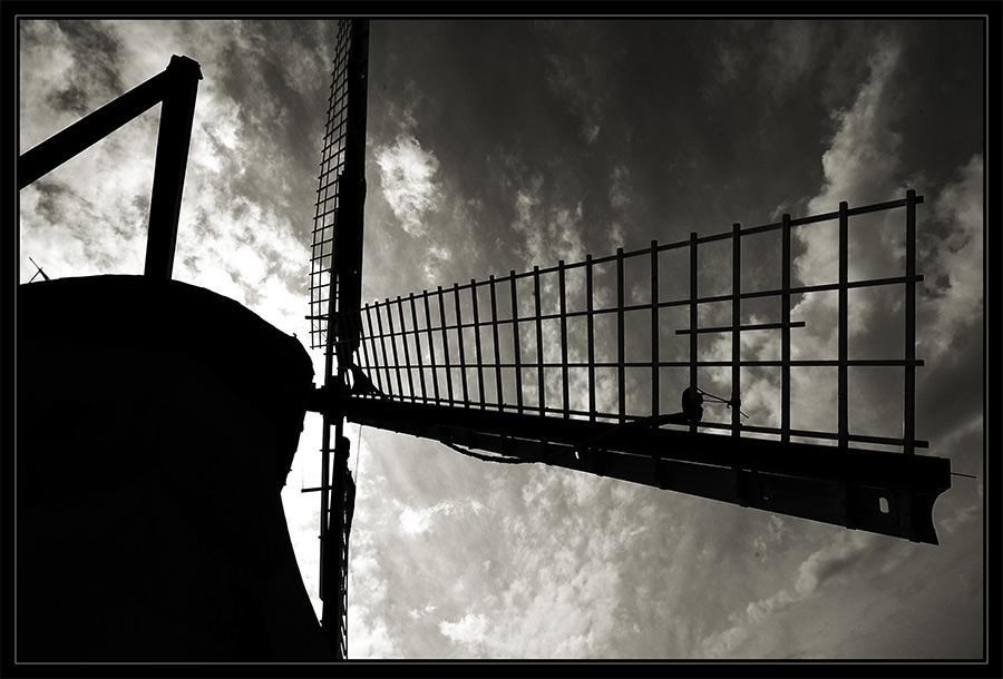Mühle im Gegenlicht...