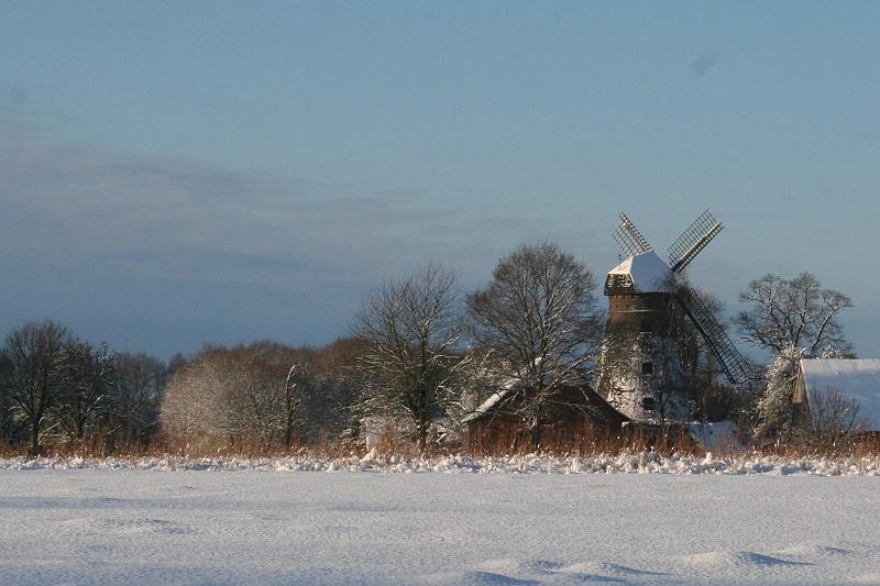 Mühle im Schnee