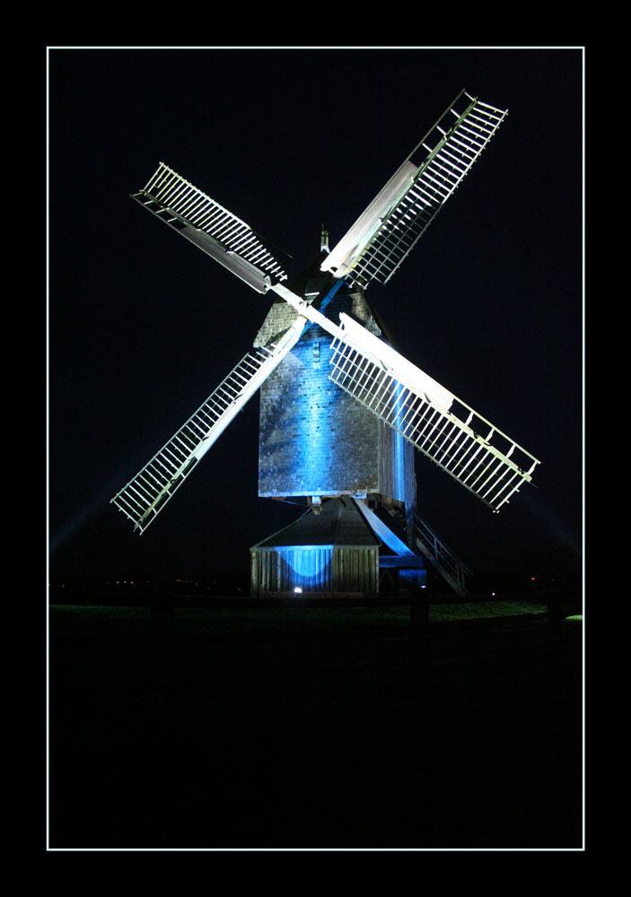 Mühlenimpression bei Nacht