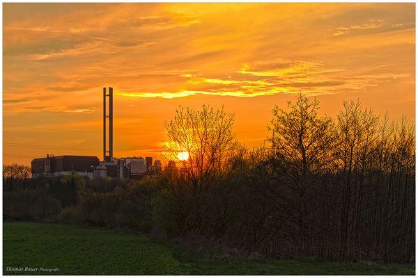 Müll und Sonnenuntergang