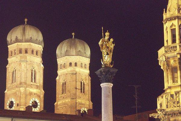 München by night