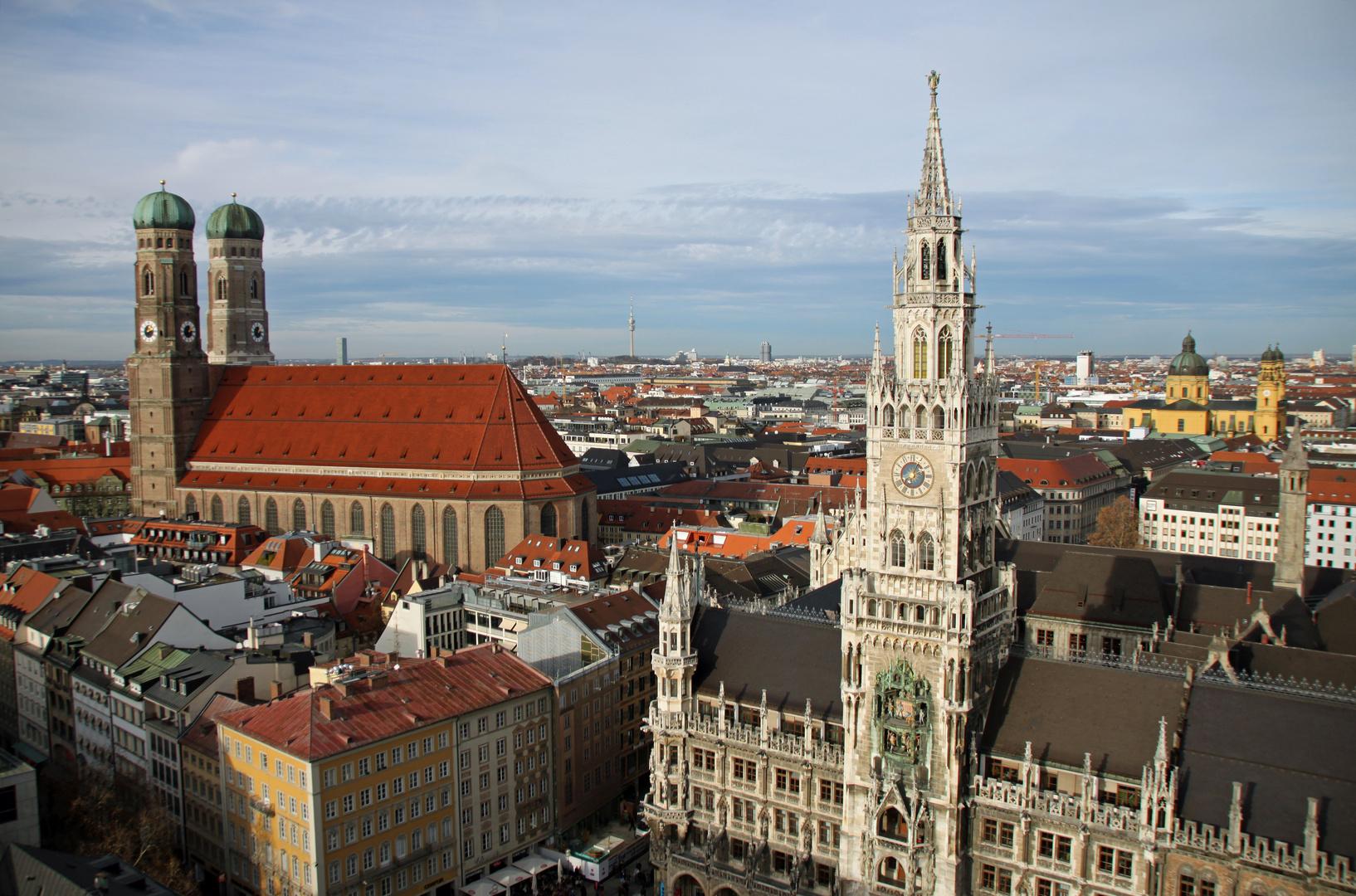 München: Frauenkirche-Rathaus-Theatinerkirche