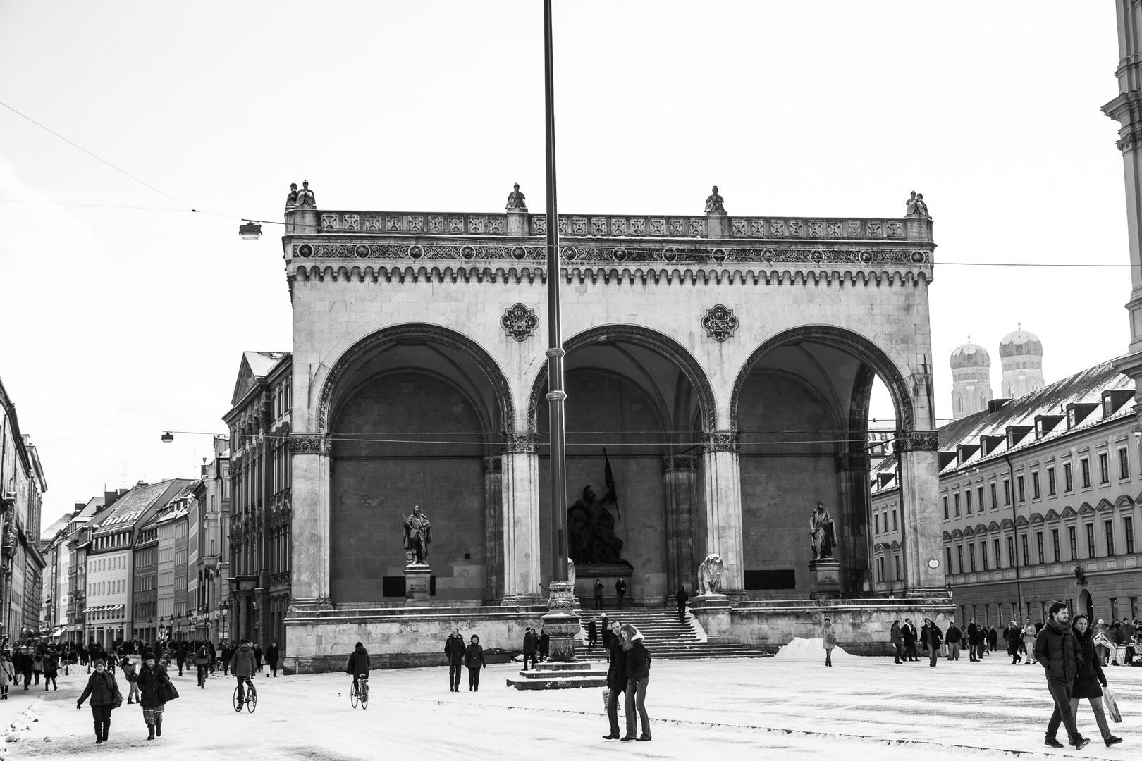 München Odeonsplatz mit Feldherrnhalle