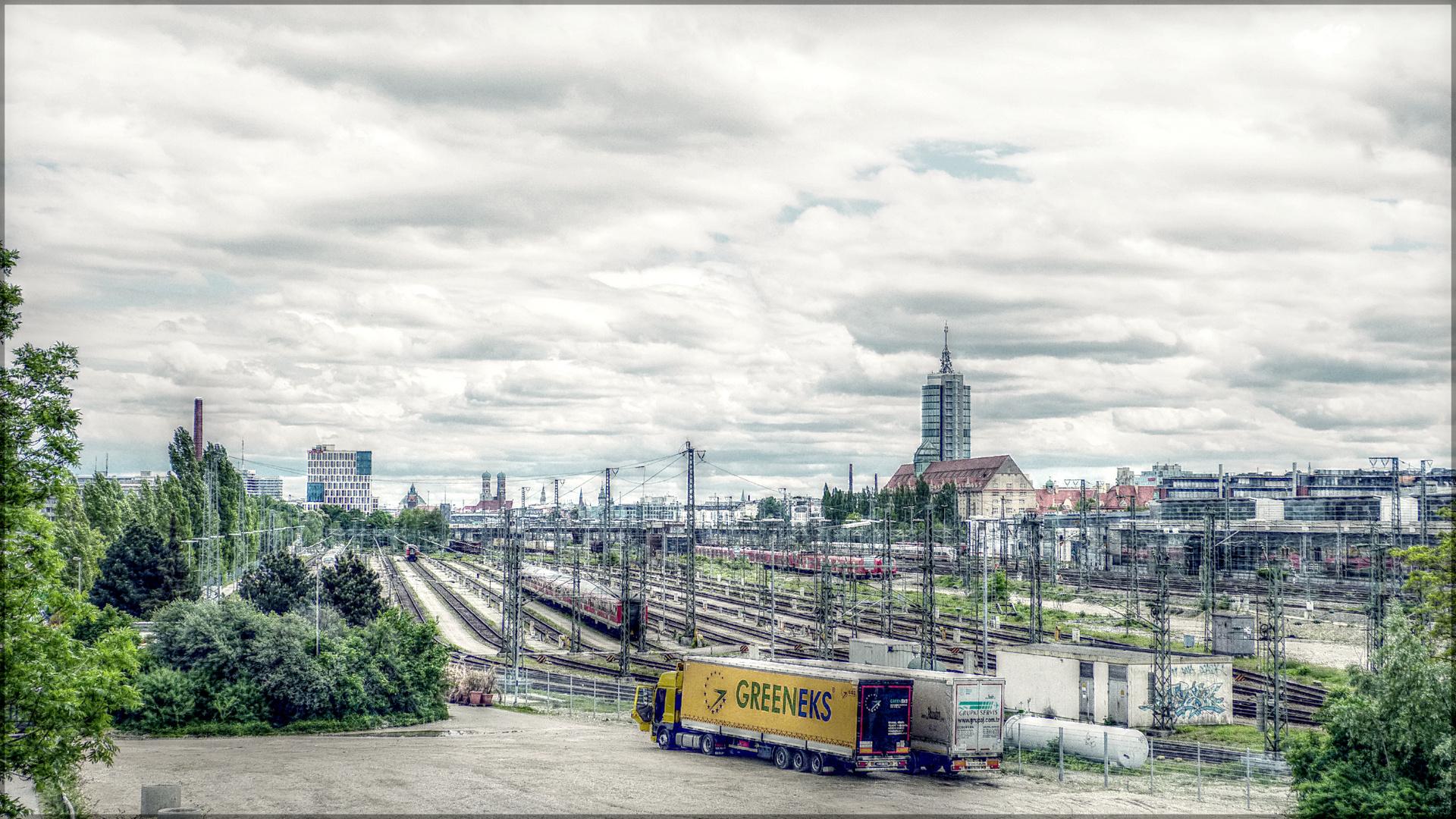 München - Verkehr auf Schiene