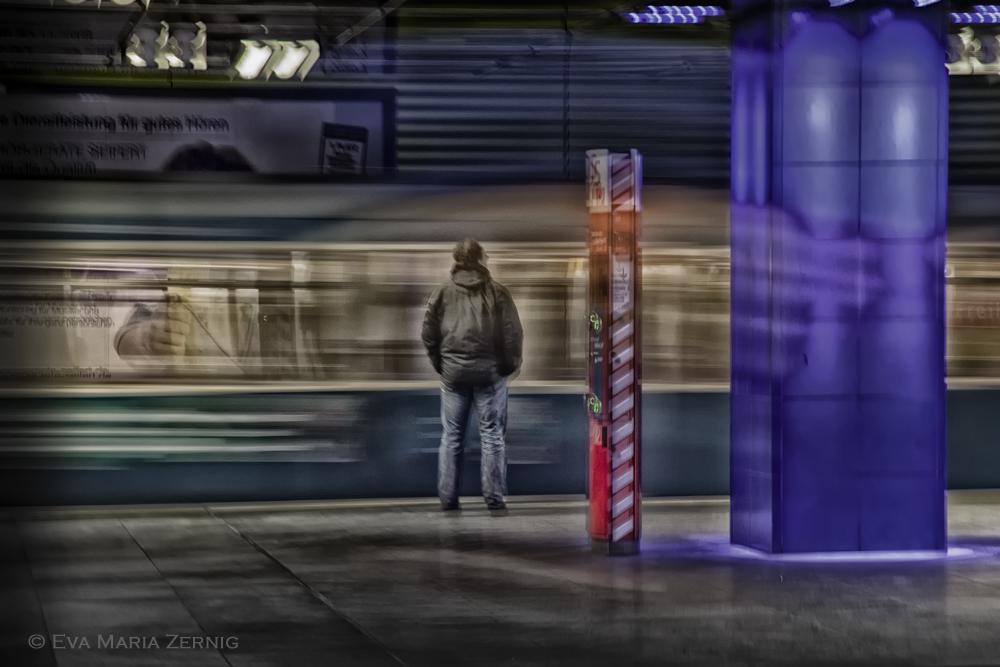 Münchner B-UnterGrund - Waiting