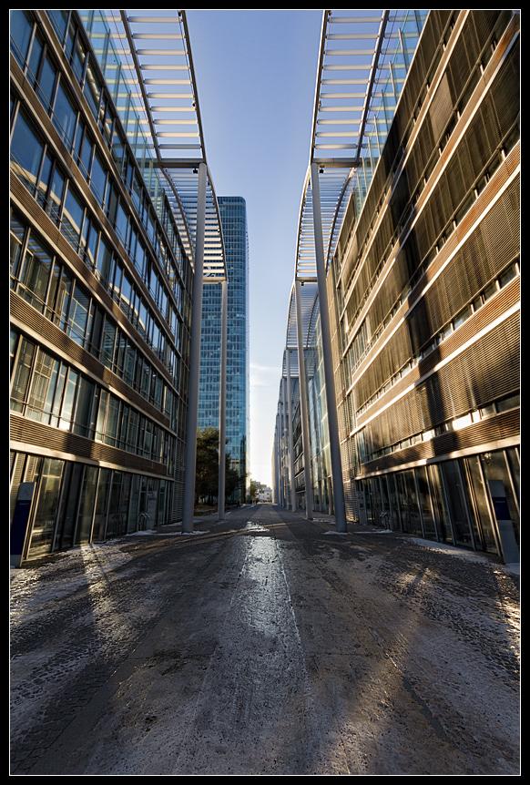 Münchner Häuserschluchten am O2-Tower