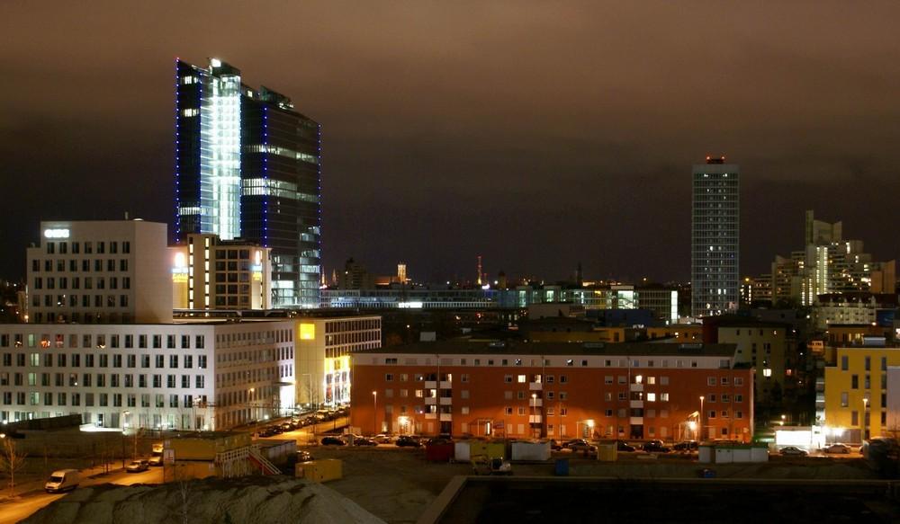 Münchner Norden bei Nacht