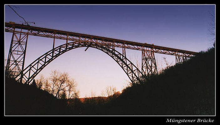 Müngstener Brücke am Abend