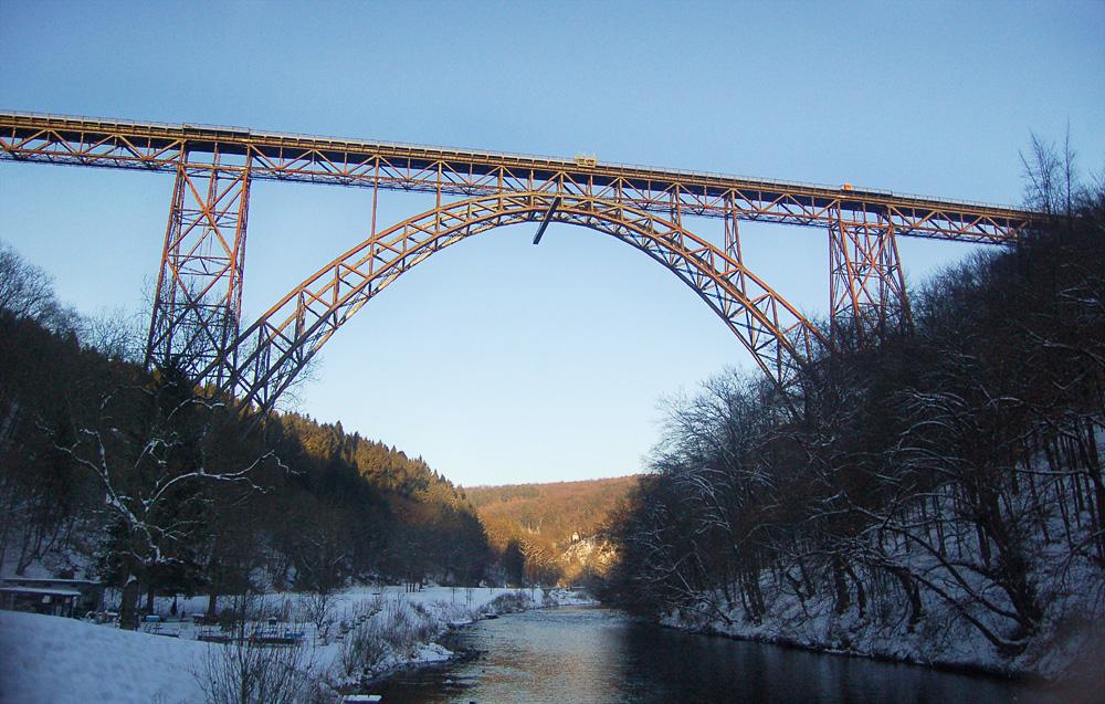Müngstener Brücke im Winter