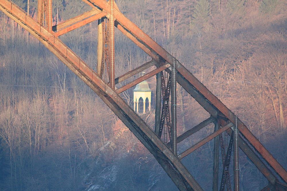 Müngstener Brücke in der Abenddämmerung