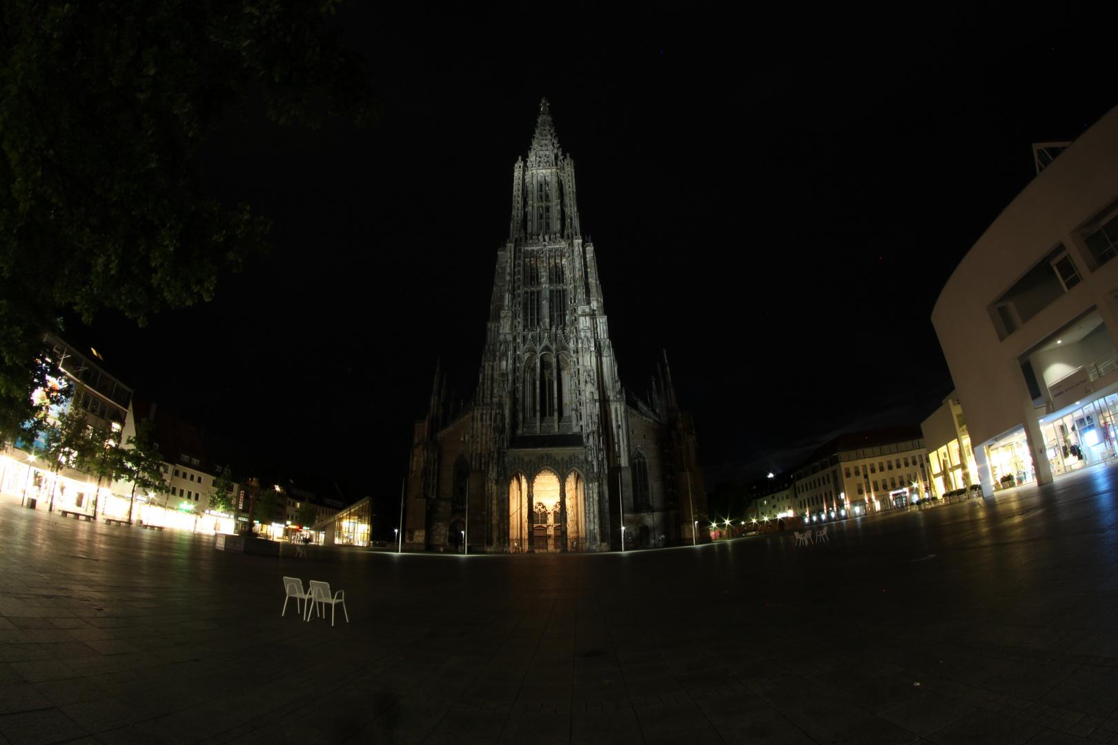 Münsterplatz bei Nacht