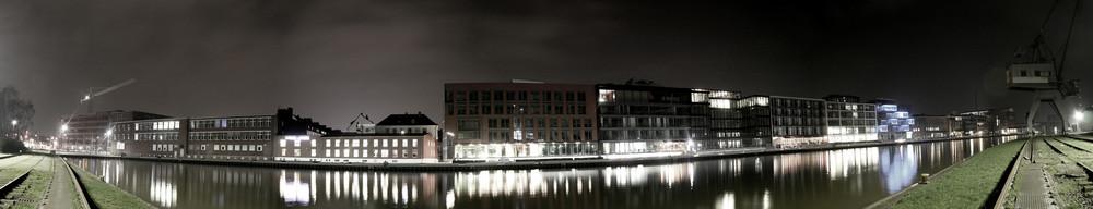 Münsters Hafenpanorama bei Nacht