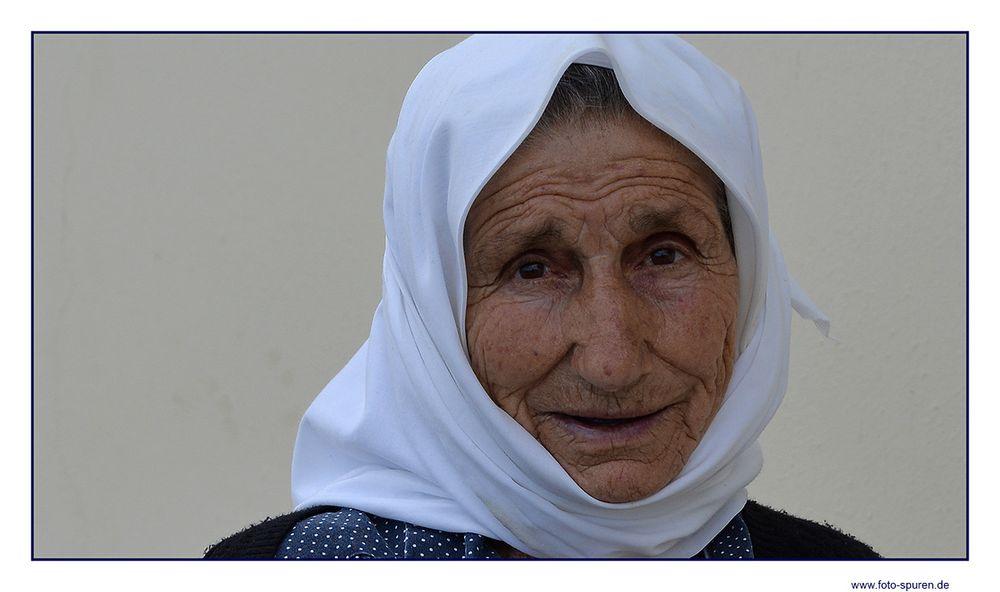 Mütterchen auf Karpathos
