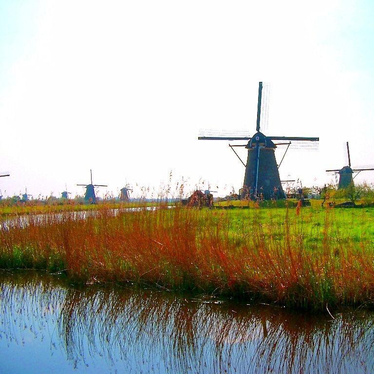 mulini a vento in olanda