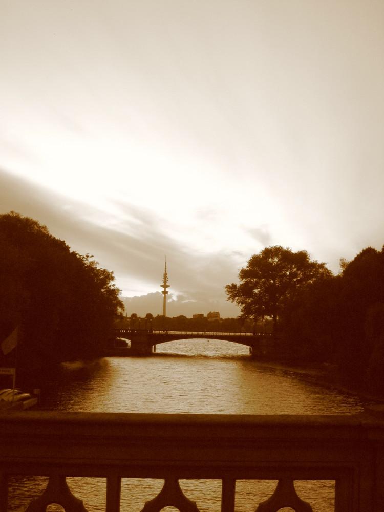 Mundsburger Brücke