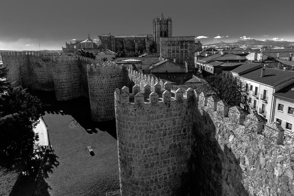 muralla y catedral de avila