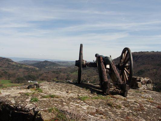Murol, canon des Puys