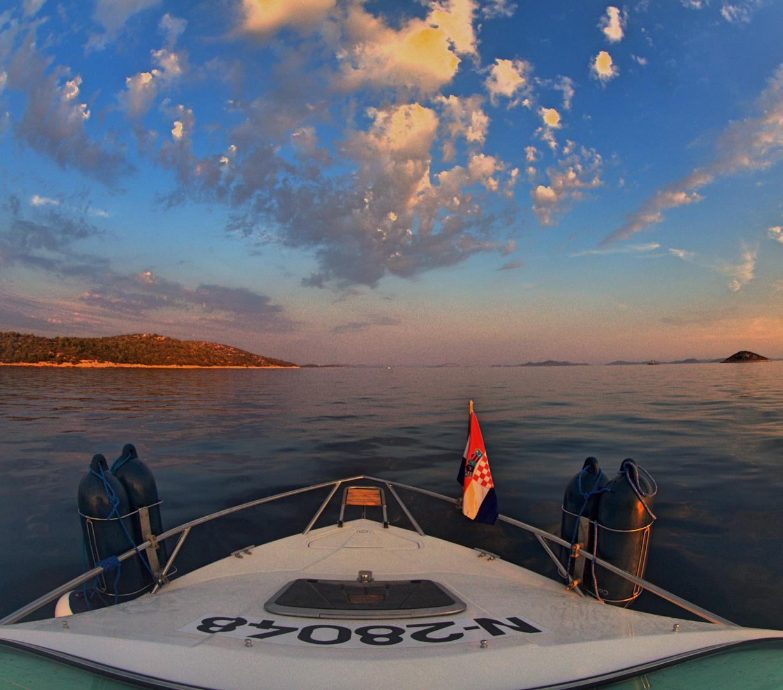 Murter unterwegs mit Boot