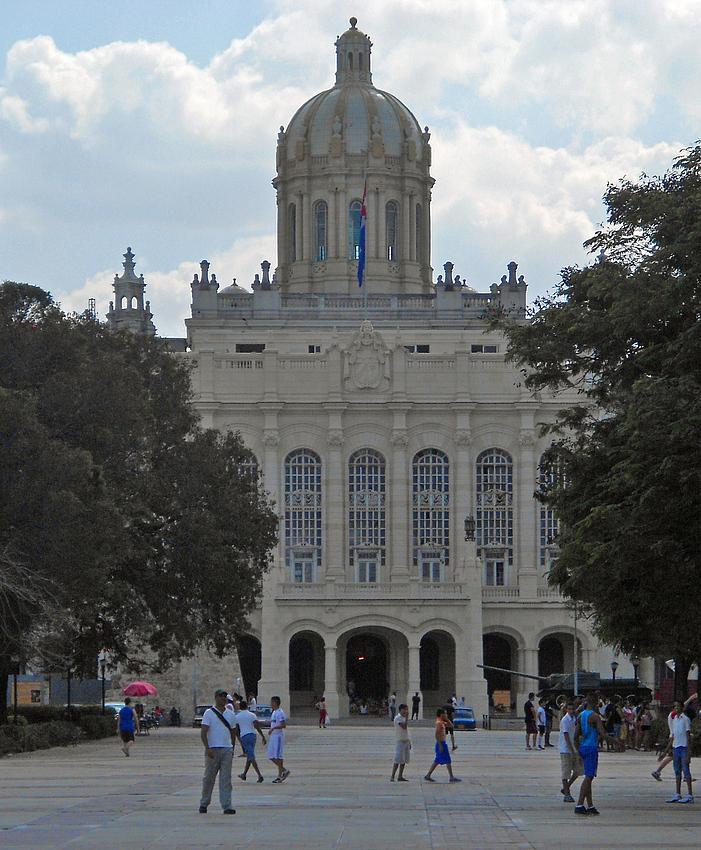 ..Museo de la Revolución..