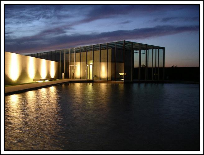 "Museum ""Insel Hombroich"" bei Nacht ......."