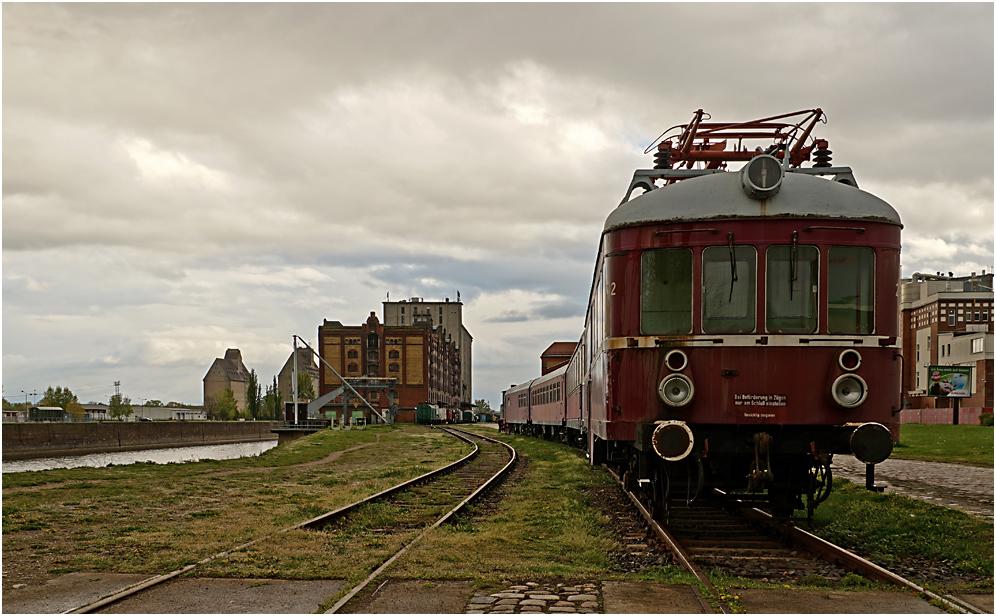 Museumshafen und Eisenbahnmuseum Magdeburg 06
