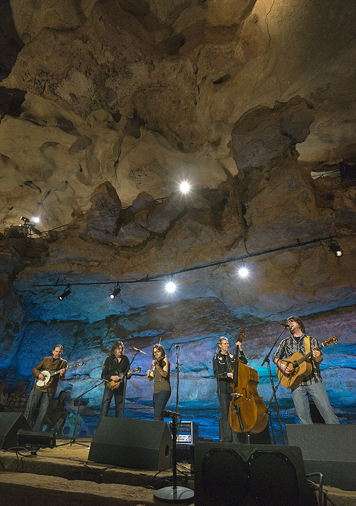 Music: Bluegrass Underground - The Steeldrivers