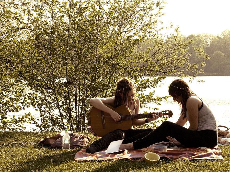 Music in the sun