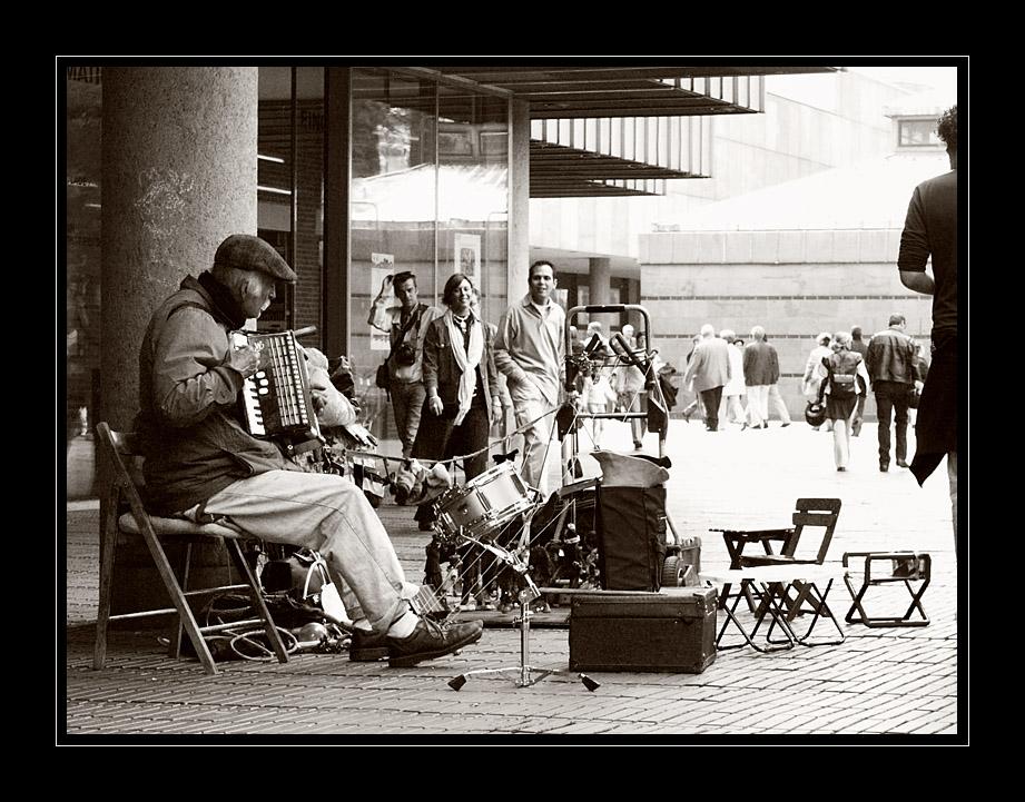 Music & Street