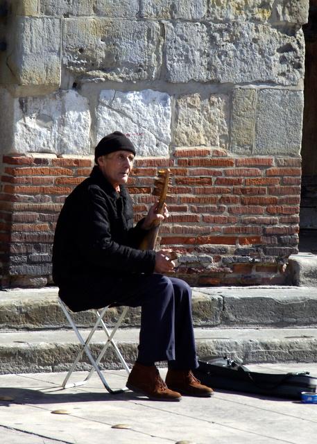MUSICIEN A ST SERNIN
