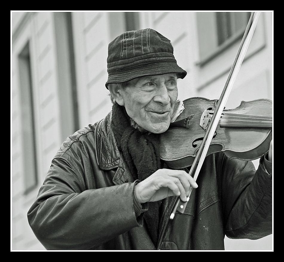 Musik...