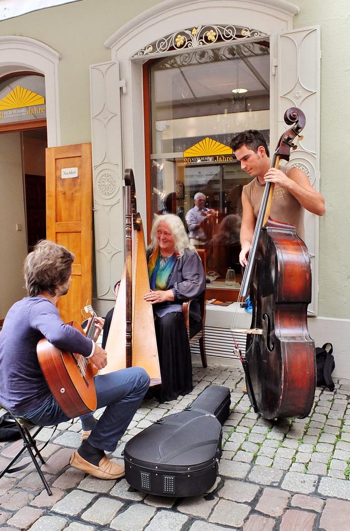 Musik liegt in der Luft....