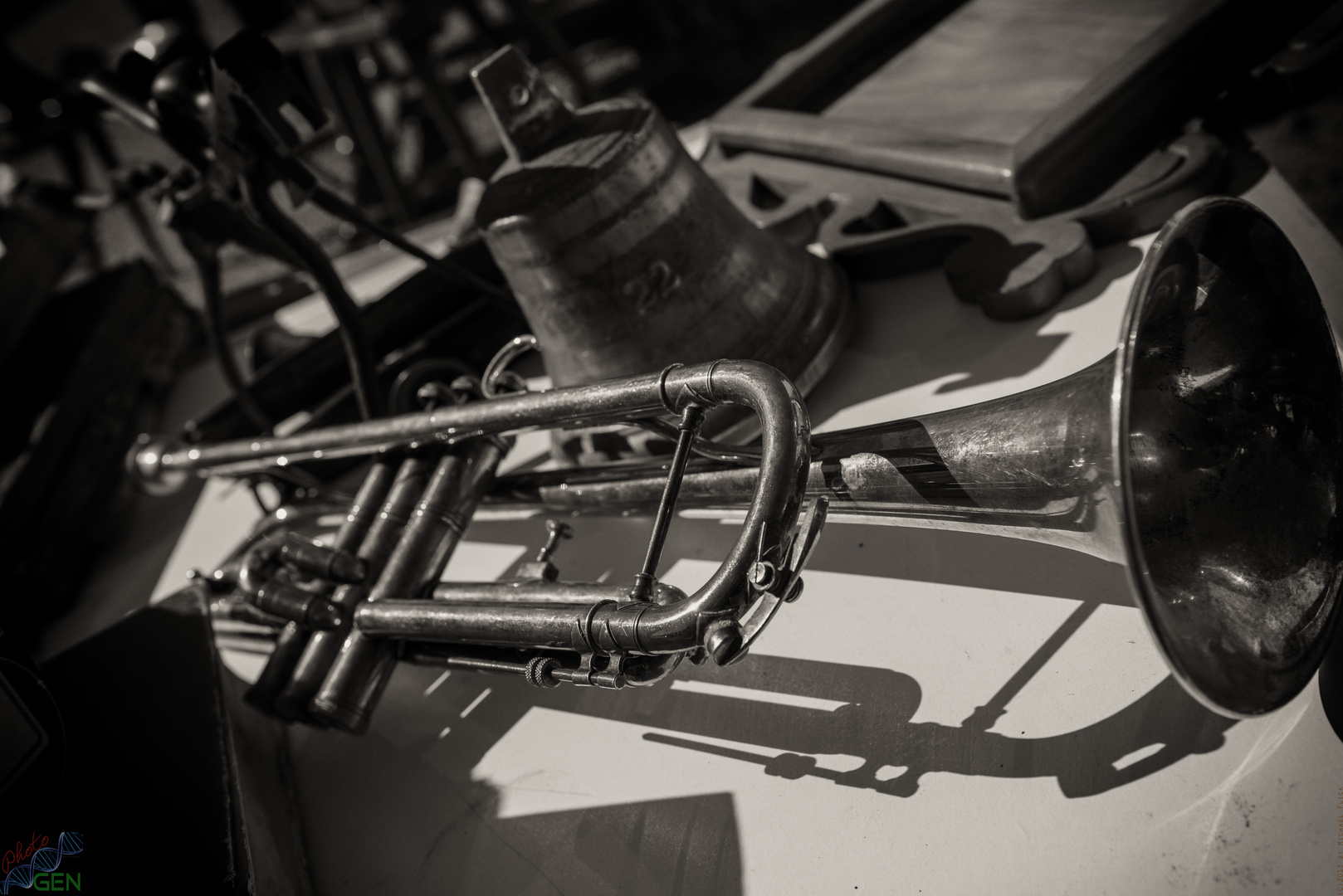 Musik wirft Schatten