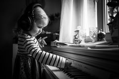 ...Musikberührung...