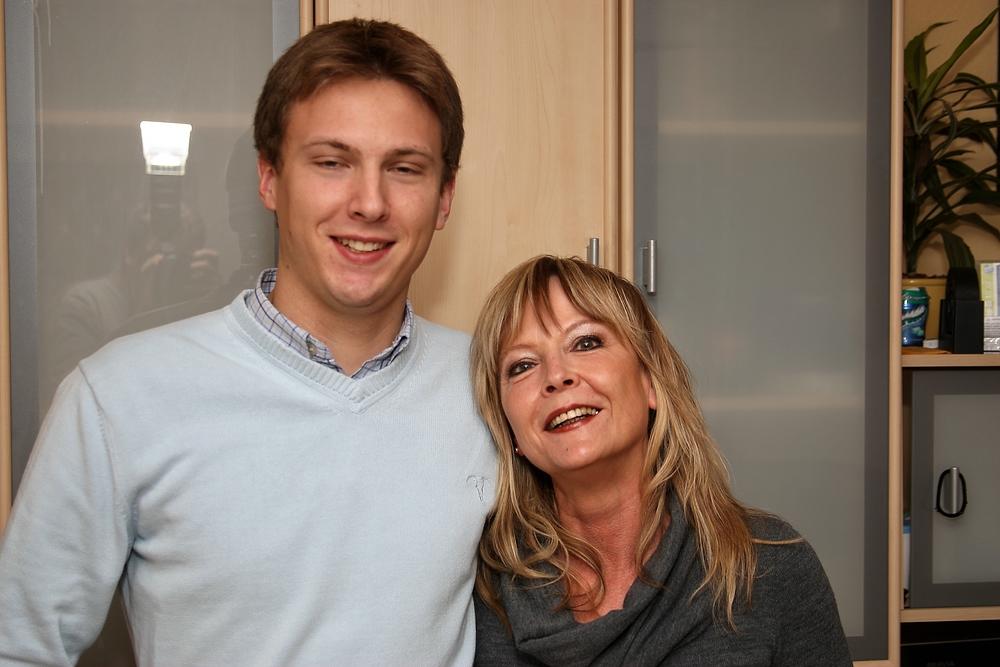 Deutsche Stiefmutter fickt mit ihrem Sohn