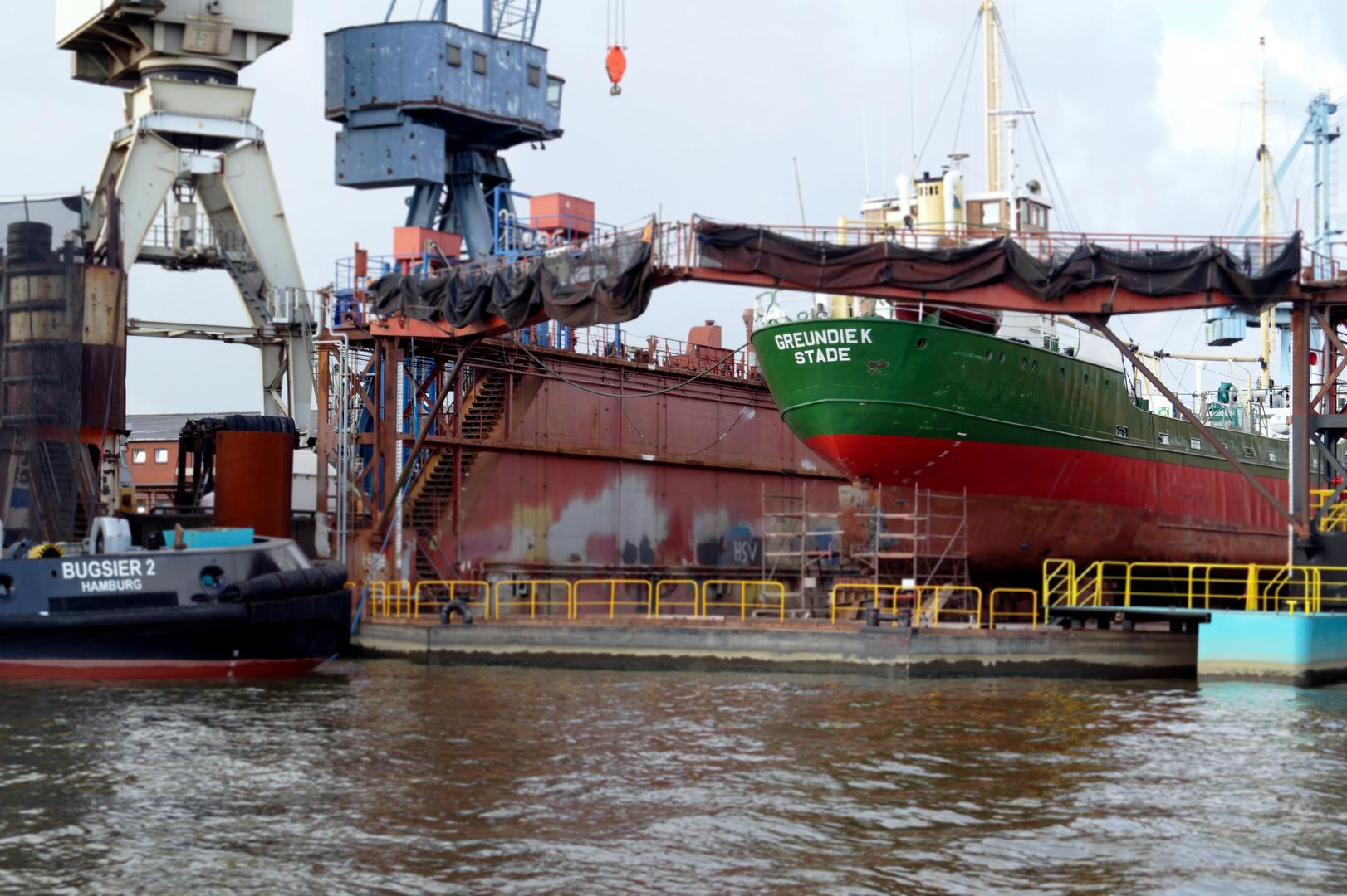 MV Greundiek in der Norderwerft