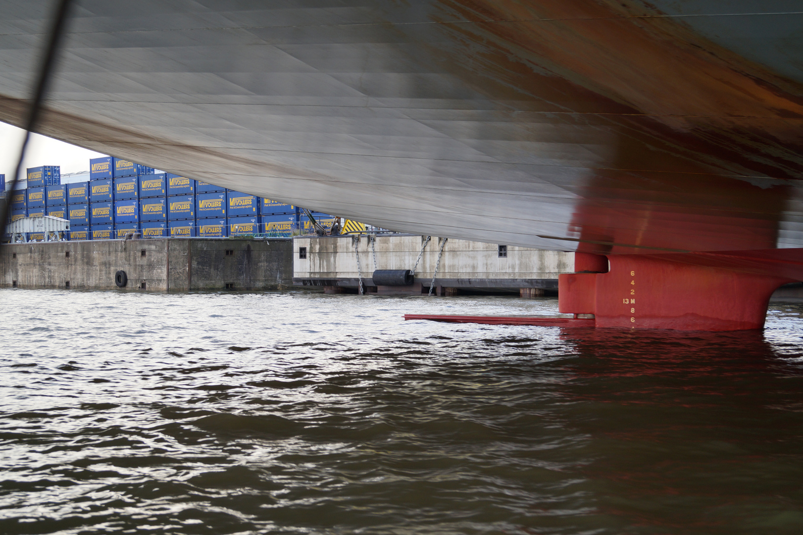MV Houston Bridge von unten