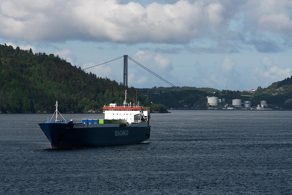 M/V Trans Carrier
