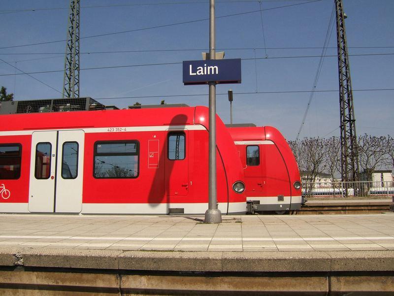 My Best of S-Bahn München, Laim, es staut in Richtung MOP S