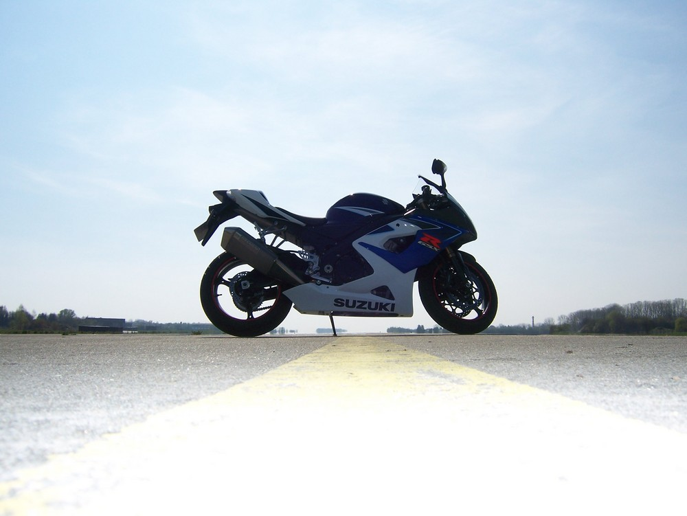 ... my GSX-R1000-K6 ready to rumble ...