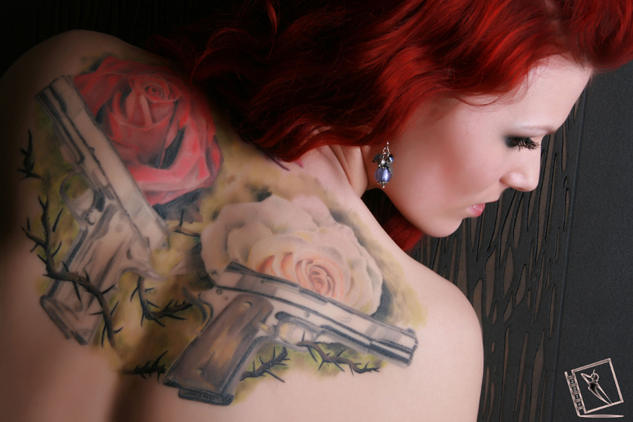My Tattoo-Guns and Roses ...